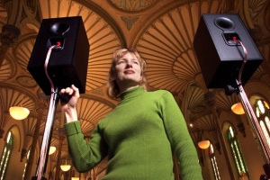 ARTS-08-F1/ARTPRIZE COLOUR Ottawa-03/07/01- Janet Cardiff has won the National Gallery's $50,000 Millennium Art Prize for her installation of 40 speakers throughout the Rideau Street Convent Chapel. Photo by WAYNE CUDDINGTON, THE OTTAWA CITIZEN